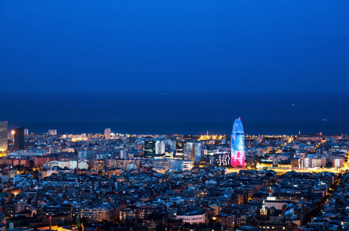 Barcelona aims to become the world hub of start-ups icrowdhouse 696x461