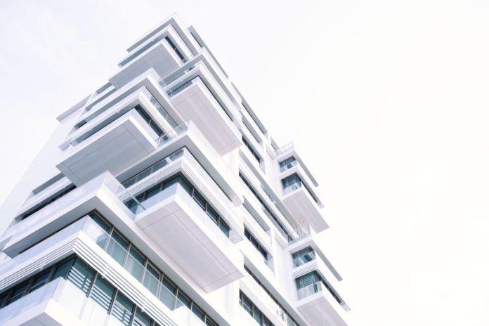 """nekilnojamojo turto bendro finansavimo platformos Ispanijoje ir pasaulyje """"icrowdhouse 696x464"""""""
